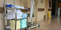 medical facility cleaning